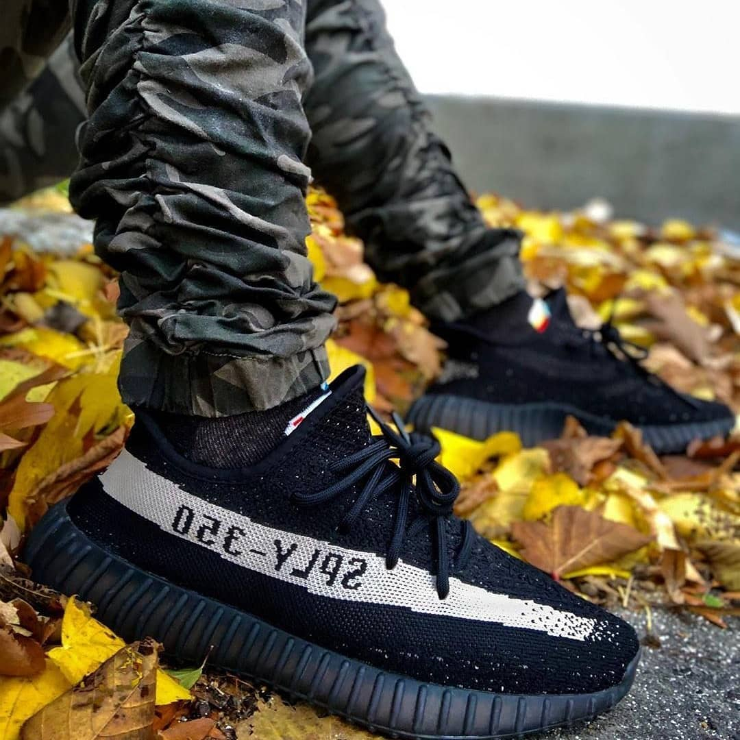 Image of Adidas Yeezy Boost V2 Oreo Sneakers Shoes