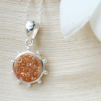 Druzy Necklace,Quartz Necklace,Agate Necklace,Quartz Necklace,Drusy Necklace,Geode Necklace,Summer Collection,New Trend,Jund Find,June Gifts