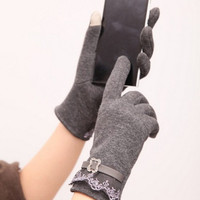 One Pair Womens Lovely Cute Touch Screen Winter Warm Gloves One Size = 1958086788