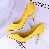 Fashionable simple stiletto heels shallow mouth pointed suede sexy was thin professional OL women's shoes women's shoes yellow