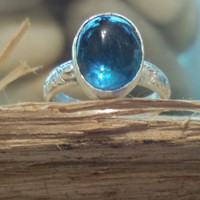 Blue Topaz and Sterling Silver Ring, December Birthstone,  Size 4, Stamped, Patterned,