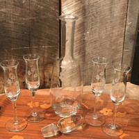 Vintage etched glass decanter and glasses, glass decanter, etched glass, wine glasses, champagne, barware, glass lid,