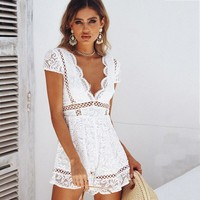 Sexy V Neck Lace Summer Playsuit Women Beach White Club Rompers Solid combinaison femme Hollow Out Jumpsuit Playsuit Romper