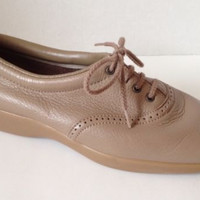 Womens I Love Comfort Shoes Size 7 D Wide Beige Made in USA Oxford Lace 7W