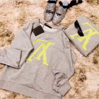 Louis Vuitton Women Round Neck Top Sweater Pullover Sweatshirt