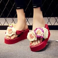 Summer flowers ladies sandals sponge cakes with herringbone shoes for beach holidays wear-resistant non-slip sandals