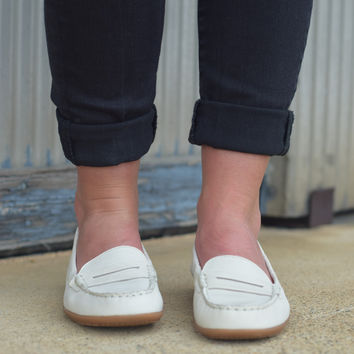 Katherine Ceil by Hush Puppies {Off White Leather} | HW058282-110