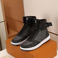 lv louis vuitton womans mens 2020 new fashion casual shoes sneaker sport running shoes 346