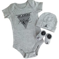 Nike Jordan Baby Layette Sets; Plus a Free Gift Cell Phone Anti-dust Plug