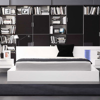 Modrest Alaska Modern White Lacquer Bed with two Nightstands