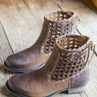 Alps Woven Back Bootie, Brown | Sbicca