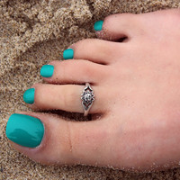 Vintage look sterling silver toe ring Sun design by Silversmith925