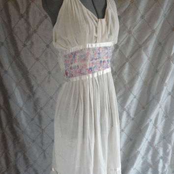 ON SALE 70s Dress // Vintage 1970s Ivory Mexican Halter Dress with Pastel Floral Embroidered Waist Size L 30 inch waist