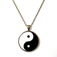 90s Soft Grunge Yin Yang Necklace - Vintage Inspired Pop Culture Jewelry