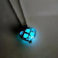 [grhmf2100005]Luminous LED Necklace Hollow Out Love Pendants