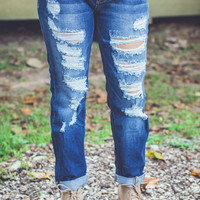 Distressed Boyfriend Jeans in Light Denim
