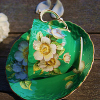 Beautiful Aynsley Emerald Green Dogwood Embossed by DadsTeacups