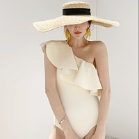 The new sexy big lotus leaf edge cover belly is thin conservative one-shoulder swimsuit