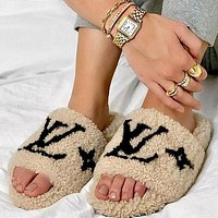 LOUIS VUITTON LV ladies plush slippers shoes