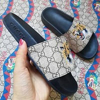 Gucci men and women Fashion Slippers-5