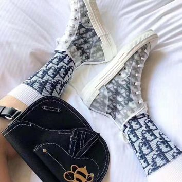 Dior 2019 new female personality letter print contrast color socks