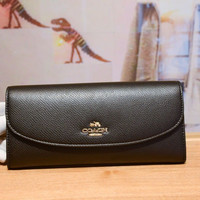 COACH BM 02 Pebbled Leather Checkbook Wallet