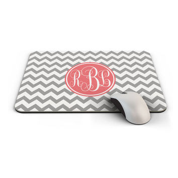 Chevron Mousepad, Personalized Mouse Pad with your name initials or monogram, Grey and Pink, Made to Order - 0001