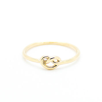Heart knot knuckle, midi ring