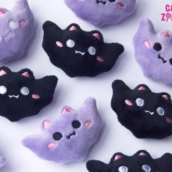 Hairclip kawaii bat bats in black or lavender - fluffy pastel goth hairpuff - embroidered on soft minky fleece