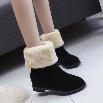 Brand Autumn Winter New Women's Boots Snow Boots Thick Bottom Women's Shoes  Warm Short Tube Foreign Trade Large Size Non-slip