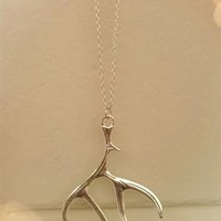 """Antler necklace that is 18"""" long."""