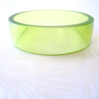 Mint Green Resin Bangle Bracelet Jewelry , Pale Green Unique Broad Wide Resin Bracelet Bangle Lucite  Plastic Bakelite jewellery