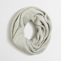 Factory feeder striped infinity scarf