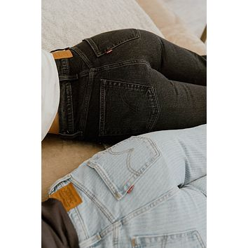 LEVI'S: RIBCAGE STRAIGHT ANKLE FEELIN' CAGEY