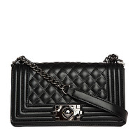 DailyLook: Classic Quilted Purse in Black