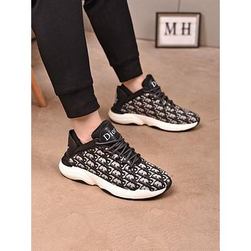 DIOR Men Fashion Boots fashionable Casual leather Breathable Sneakers Running Shoes12