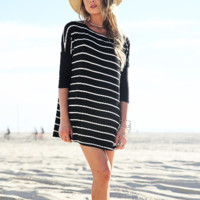 Large Size Loose Half Sleeve Stripe T-Shirt