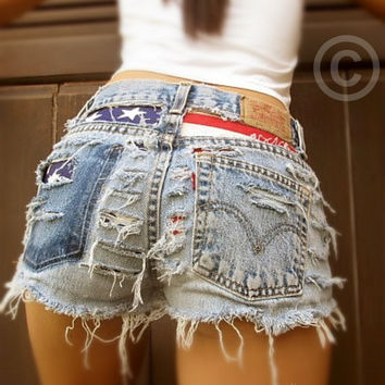 High waisted destroyed American flag shorts by Jeansonly