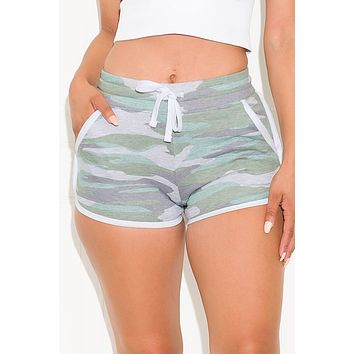 Good Vibes Camo Short Green