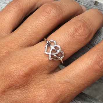 Sterling Silver Diamond Heart Ring (0.05 cttw)