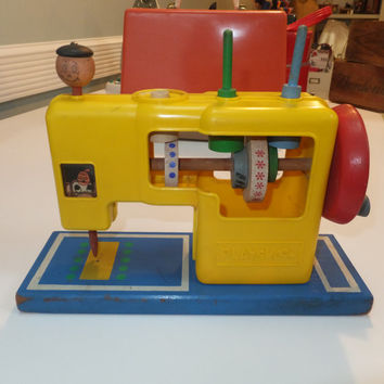Vintage Toy Sewing Machine, Playskool, 1960s Midcentury Collectible, Old Toy, Girls Sewing Machine