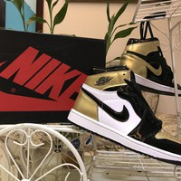 [Free Shipping ] Air Jordan 1 Gold Toe AJ1  Basketball Sneaker