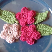 Mini Cotton Embellishments- Hand Crochet Flower Appliques- Set of 6- Ginger Green Leaves, 3 Flowers in Blush Pink and Lotus Bright Pink
