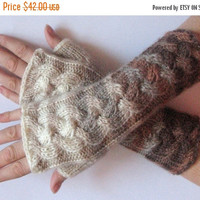 SALE Fingerless Gloves White Brown Beige wrist warmers