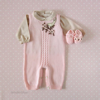 Knitted overalls in pink with felt flowers, matching shoes. 100% merino wool. READY TO SHIP size newborn.