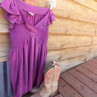 Beautiful Dyed Purple Blouse - Flow-y Shirt Dress - Ruffles at the Shoulders - Country Style Clothing - Cute with Cowboy Boots - Size Medium