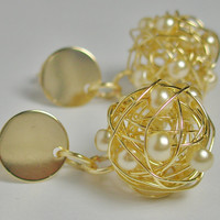 Bridesmaids gift bridal jewelry earrings Wire ball pearlescent off-white beads/ beige gold plated wire wrapped elegant earrings