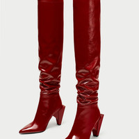 PATENT LEATHER HIGH HEEL BOOTS DETAILS