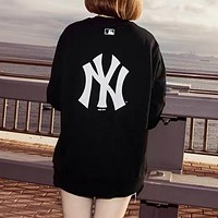 NY Popular Women Men Loose Print Long Sleeve Round Collar Sweater Sweatshirt Black