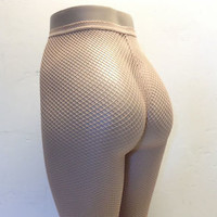 Leg Avenue 9013 Spandex Fishnet Pantyhose Seamless One Size Regular Nude Beige